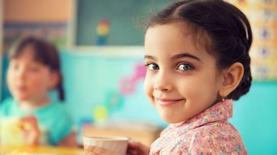 ¿Cómo alimentamos a nuestros hijos?